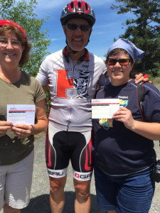 Jody Rich poses with two sisters from California who he gave PAACE cards to give service, location not specified, July 17, 2015 | Photo courtesy of Jody Rich, St. George News
