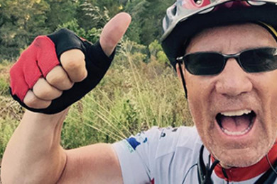 """Jody Rich gives a """"thumbs up"""" on his border-to-border bike trip, location not specified, circa July 13-23, 2015   Photo courtesy of Jody Rich, St. George News"""