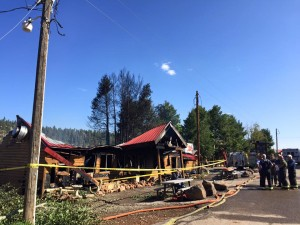 An early morning fire claimed three business buildings in Duck Creek Wednesday, Hot Mam's Pizza & Brew, Duck Creek Village, Utah, September 9, 2015 | Courtesy of Ashley Romero, St. George News