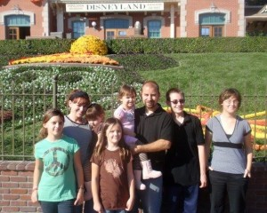Rebecca Kenneally poses with husband and six children at Disneyland, Anaheim, California, October 2009 | Photo courtesy of Rebecca Kenneally, St. George News