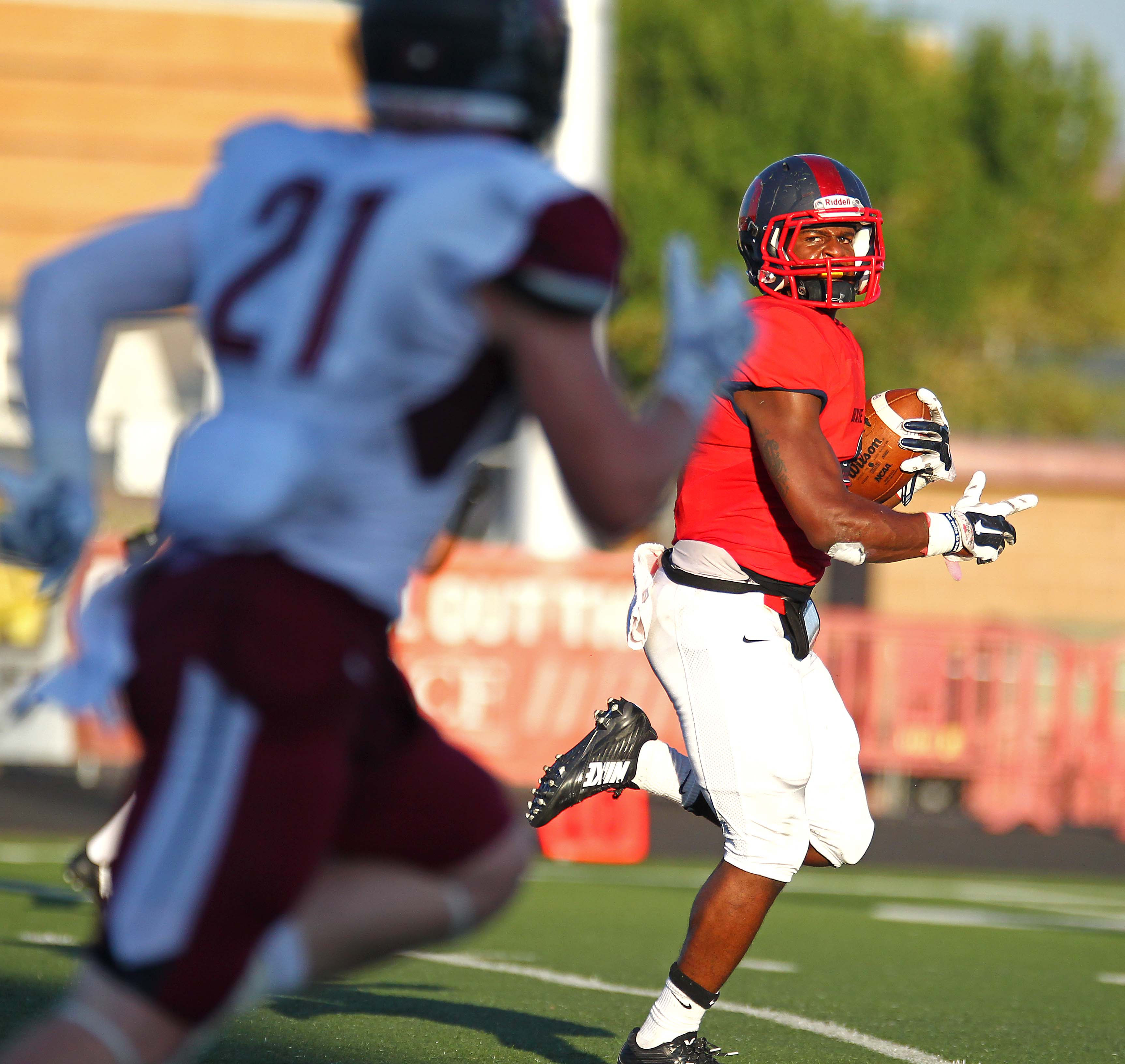 DeJon Coleman heads for the end zone, Dixie State University vs. Central Washington University, St. George, Utah, Sept. 10, 2015, | Photo by Robert Hoppie, ASPpix.com, St. George News