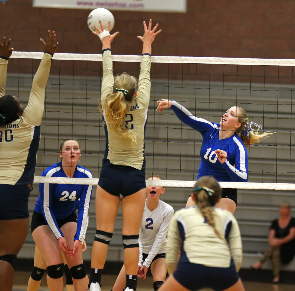Dixie's Aspen Bair (10), Dixie vs. Snow Canyon, Volleyball, Hurricane, Utah, Sept. 21, 2015, | Photo by Robert Hoppie, ASPpix.com, St. George News