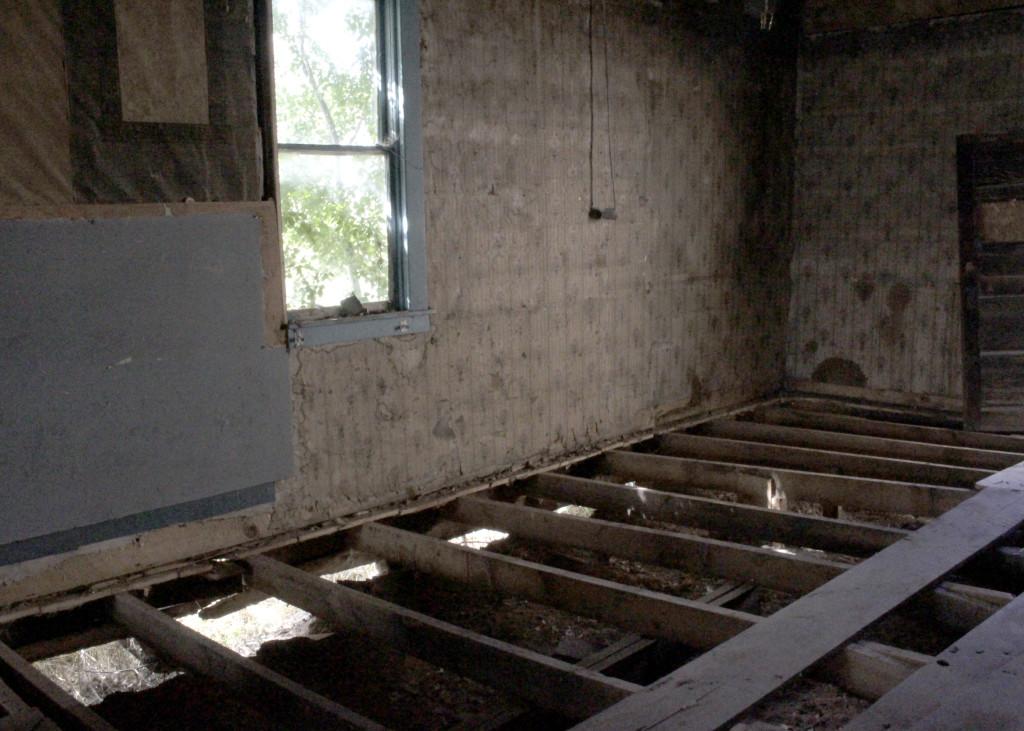 Augustus building program essay