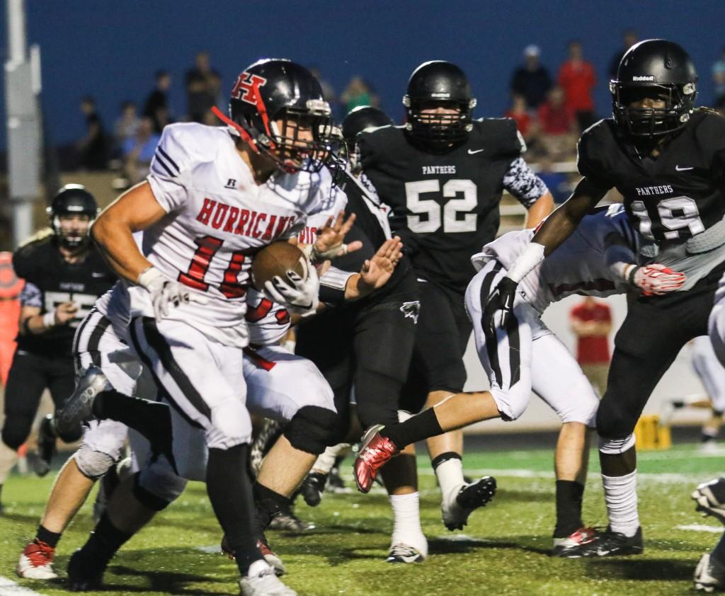 Hurrican's Nick McDaniel ( 10), Pine View vs. Hurricane, Football, St. George, Utah, Sept. 25, 2015, | Photo by Kevin Luthy, St. George News