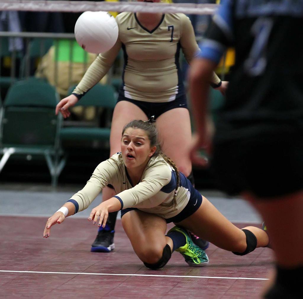 "Snow Canyon's Alexsa ""Crash"" Parker (13), 3A State Volleyball Tournament, Orem, Utah, Oct. 28, 2015, | Photo by Robert Hoppie, ASPpix.com, St. George News"