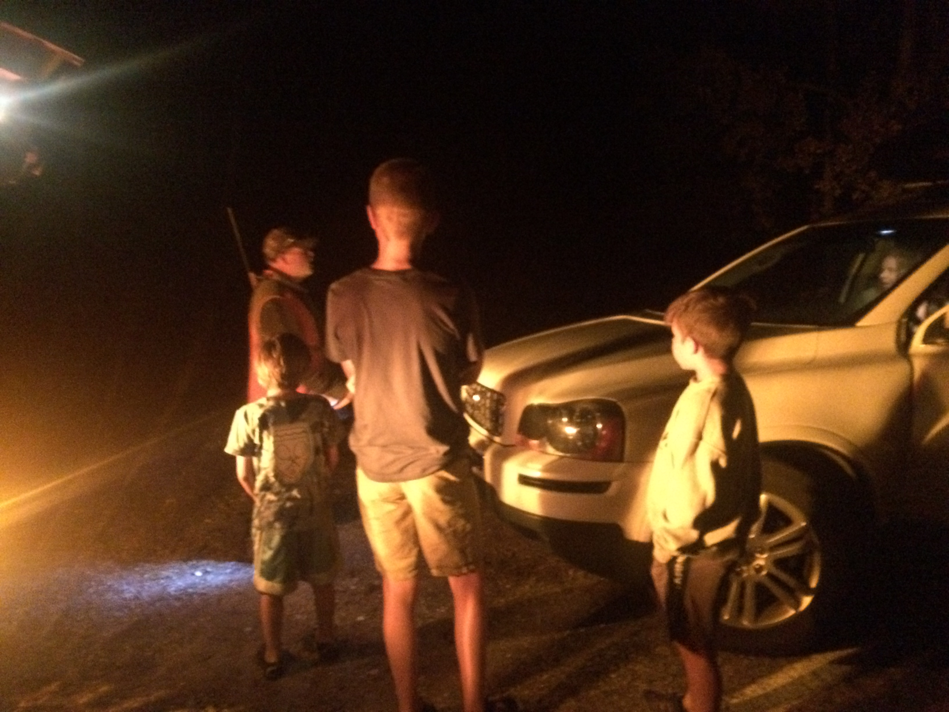 The Dayton family speaks with an elk hunter who lost his way and needed a ride. Escalante, Utah, October 2015   Photo by Kat Dayton, St. George News