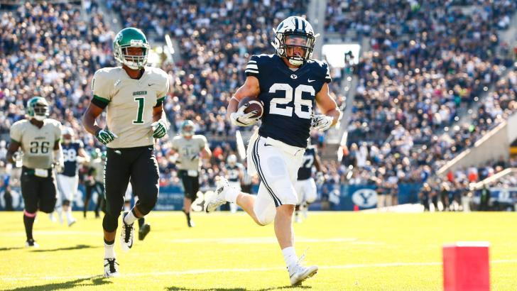 Former Dixie High star Nate Carter runs for a TD for BYU vs. Wagner Saturday, Provo, Utah, Oct. 24, 2015 | Photo courtesy BYU Athletics