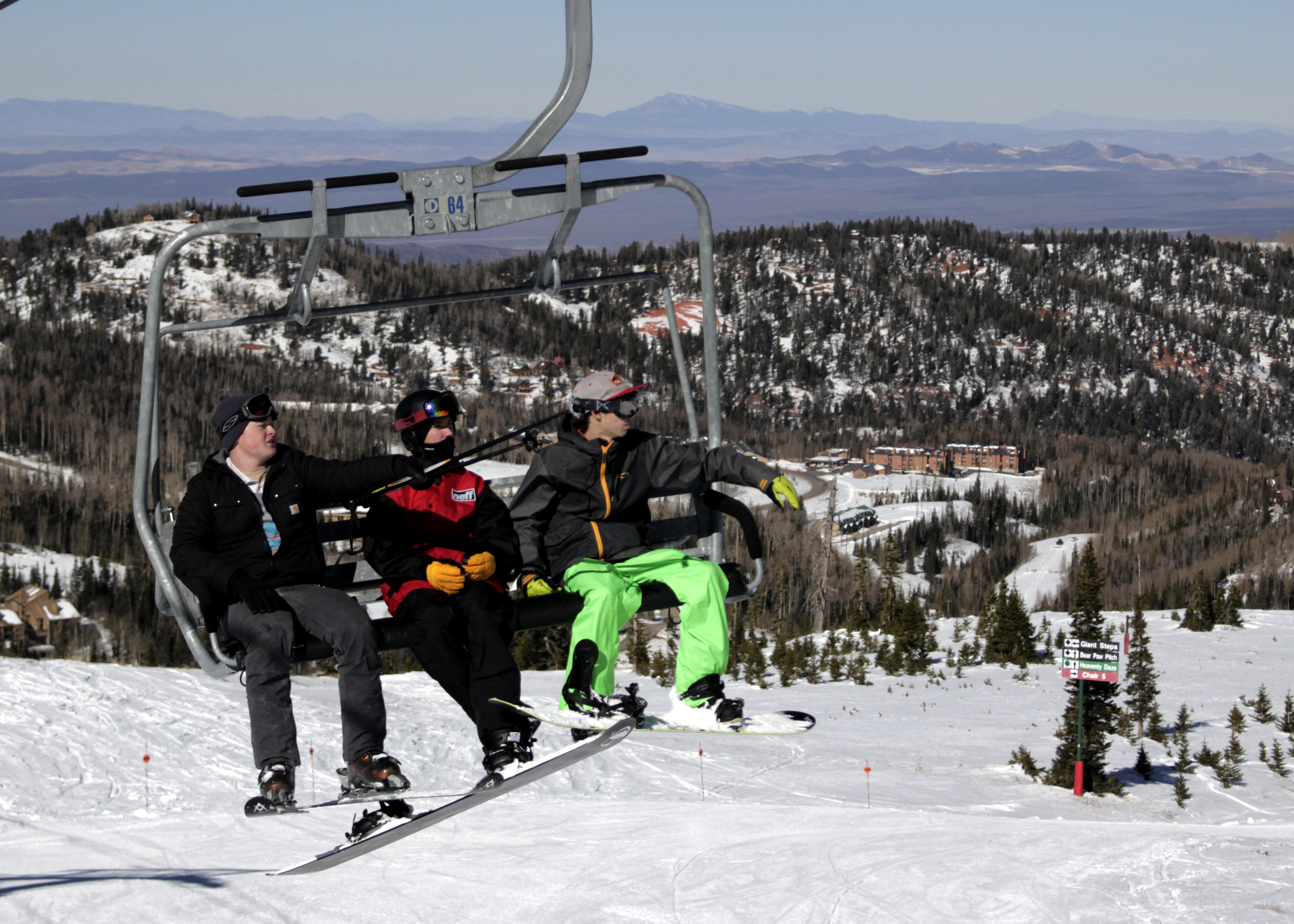 Skiers and boarders ride the lift to the top of the summit, Brian Head Resort, Brian Head, Utah, Nov. 21, 2015 | Photo by Carin Miller, St. George News