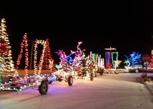 The magical light parade delights onlookers as it makes it's way through the tiny town of Escalante, Utah, Dec. 24, 2015 | Photo courtesy of Jessica Ball, St. George News