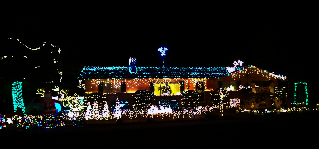 Photo of home on 2485 Scenic Drive, Santa Clara, December 8, 2015 | Photo by Paul Jewkes, St. George News