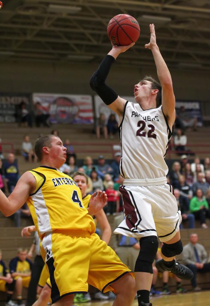 Pine View's Cody Ruesch (22), Pine View vs. Enterprise, Boys Basketball, St. George, Utah, Dec. 2nd, 2015, | Photo by Robert Hoppie, ASPpix.com, St. George News