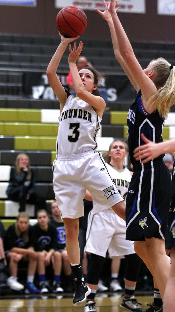 Desert Hills' Rylee Jensen (3), Desert Hills vs. Pleasant Grove, Girls Basketball, St. George, Utah, Dec. 5, 2015, | Photo by Robert Hoppie, ASPpix.com, St. George News