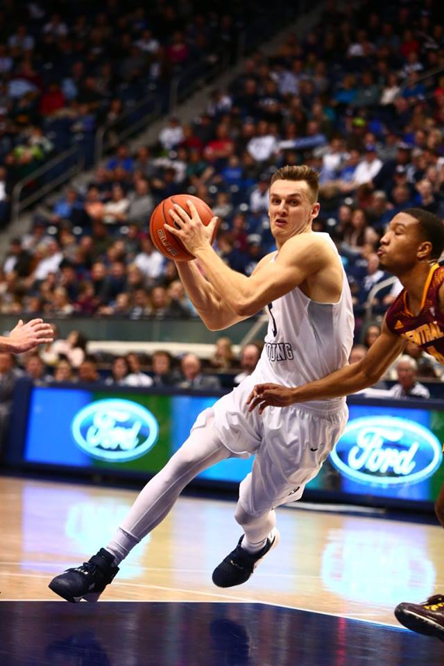 Kyle Collinsworth was one of two Cougars in double figures against Pacific. | Photo courtesy BYU Photo