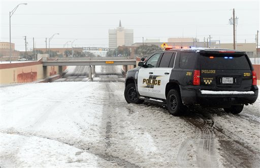 Odessa Police block access to the railroad underpass on Grant Avenue near Second Street, Odessa, Texas, Dec. 27, 2015 | Photo by Mark Sterkel, Odessa American via AP, St. George News