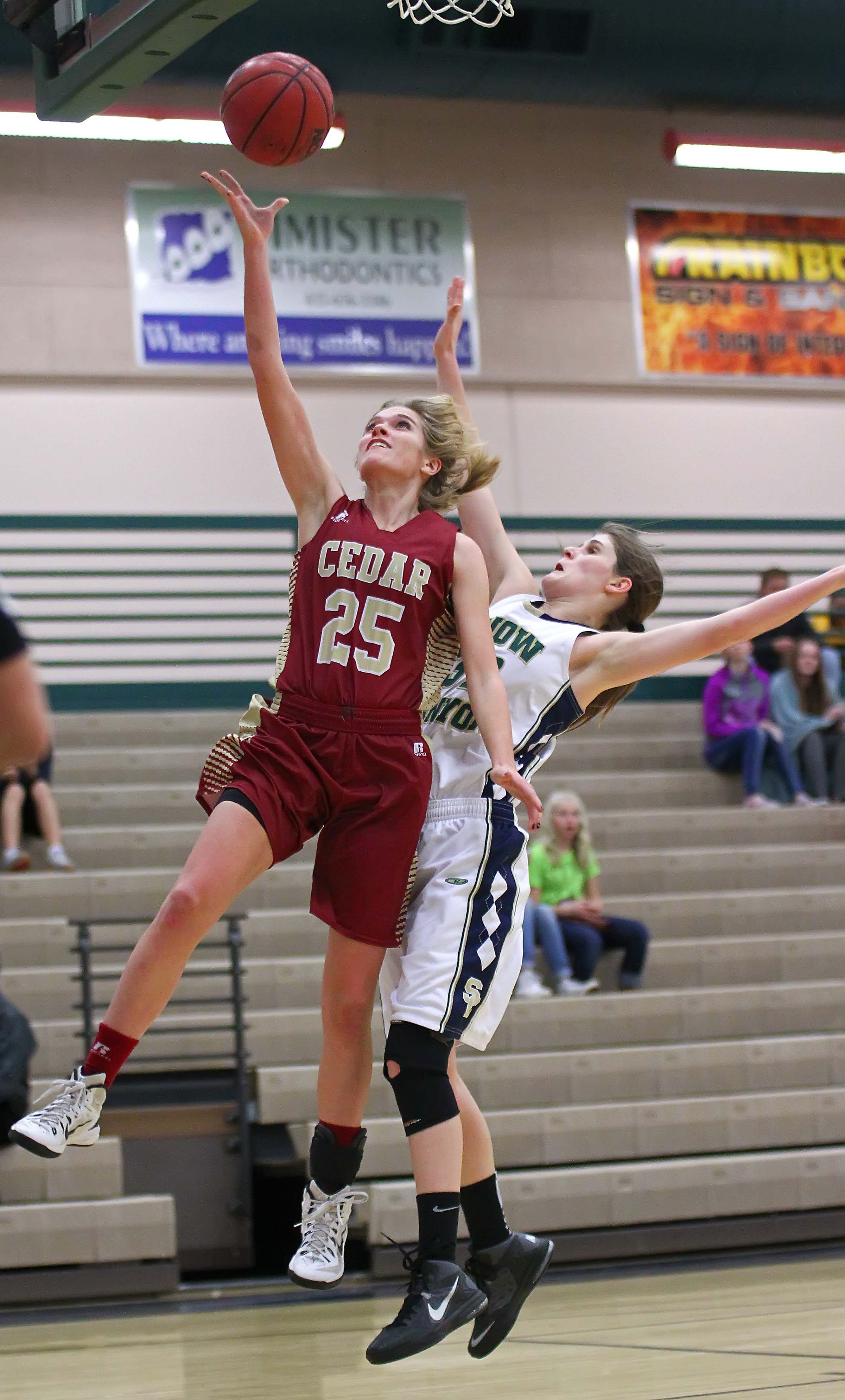 Cedar's Carly Davis (25), Snow Canyon vs. Cedar, Girls Basketball, St. George, Utah, Jan. 12, 2016, | Photo by Robert Hoppie, ASPpix.com, St. George News