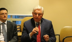 """Rep. V. Lowry Snow, R-St. George, at the """"Issues over eggs"""" Q-and-A breakfast concerning the upcoming 2016 session of the Utah Legislature, St. George, Utah, Jan. 13, 2016 
