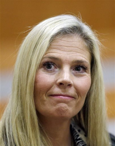 Olympic gold-medal skier Picabo Street looks on in the court, Tuesday, in Park City, Utah. Street appeared in court Tuesday on misdemeanor domestic violence and assault charges. Street is accused of throwing her 76-year-old father down stairs and locking him in a basement during a fight at her home near Park City. Her lawyer contends that she was defending herself after her father attacked her on Dec. 23. Park City, Utah, Feb. 16, 2016 | AP Photo by Rick Bowmer, St. George News