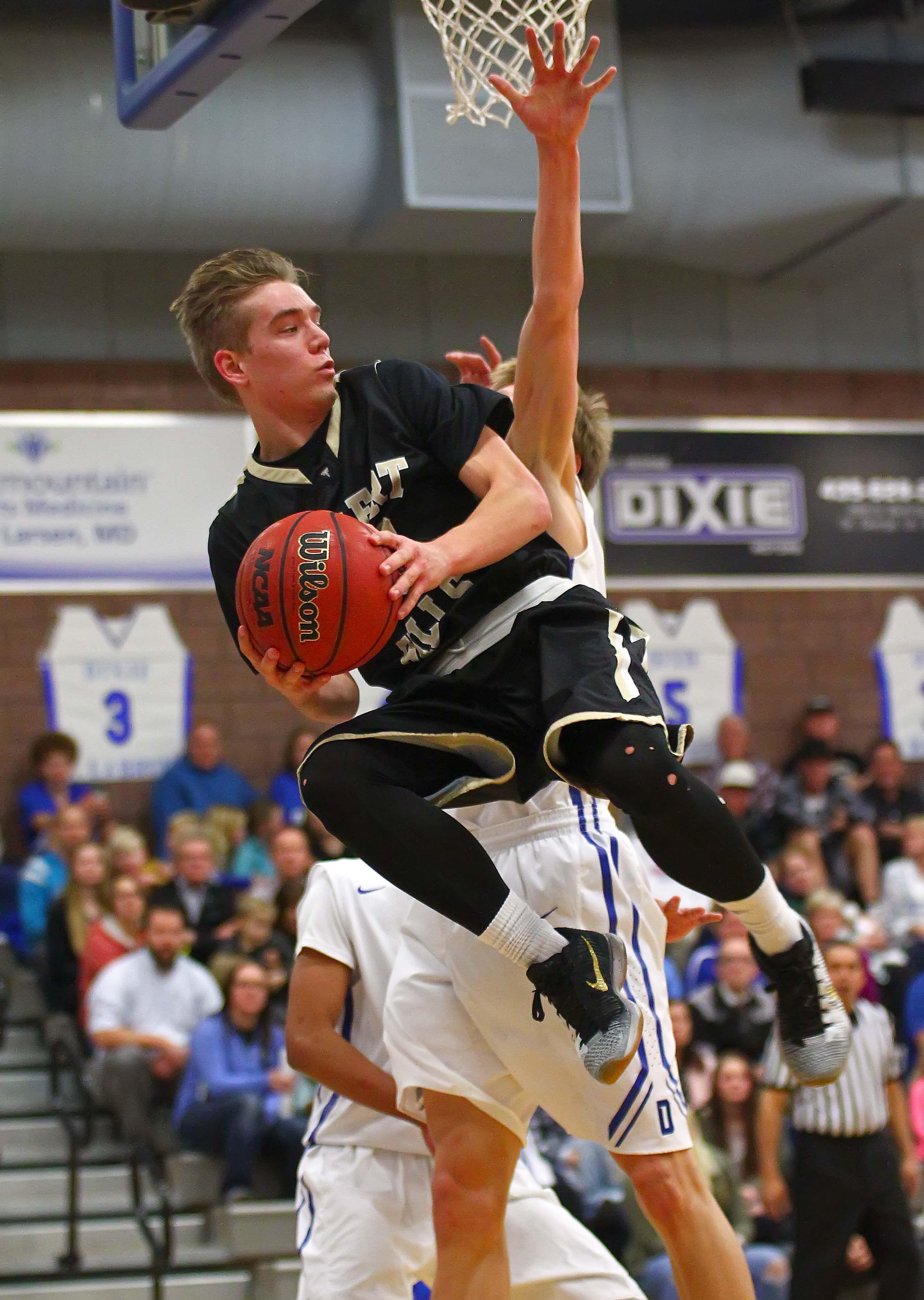 Desert Hills' Logan Hokanson (23), Dixie vs. Desert Hills, Boys Basketball, St. George, Utah, Feb. 3, 2016, | Photo by Robert Hoppie, ASPpix.com, St. George News