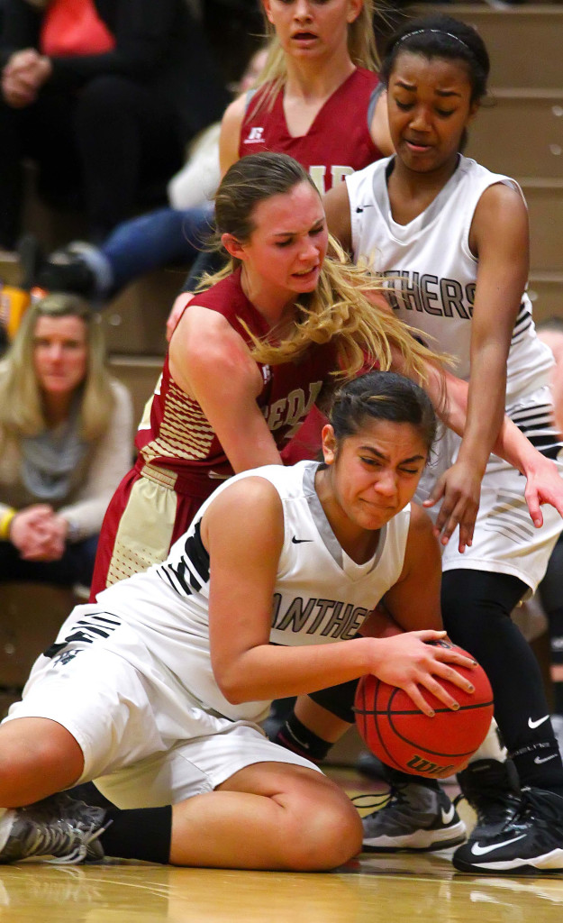 Pine View vs. Cedar, Girls Basketball, St. George, Utah, Feb. 4, 2016, | Photo by Robert Hoppie, ASPpix.com, St. George News