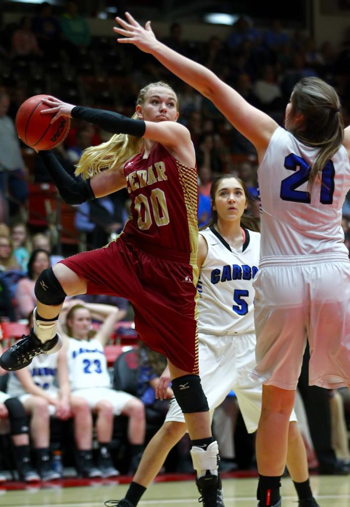 Cedar's  Dream Weaver (00), Cedar vs. Carbon, 3A State Basketball Tournament, Girls Basketball, Cedar City, Utah, Feb. 26, 2016, | Photo by Robert Hoppie, ASPpix.com, St. George News