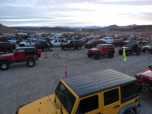 Four-wheel-drive vehicles line up for trails during the Winter 4x4 Jamboree, Hurricane, Utah, Jan. 22, 2016 | Photo courtesy of Desert RATS, St. George News