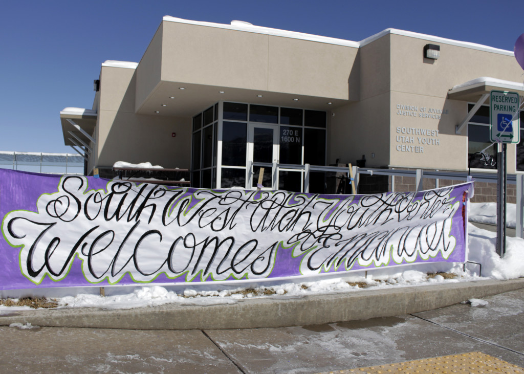 Southwest Utah Youth Center was the first of 48 youth correctional facilities to welcome artist Emanuel Martinez with a banner and ballons, Cedar City, Utah, Feb. 3, 2016 | Photo by Carin Miller, St. George News