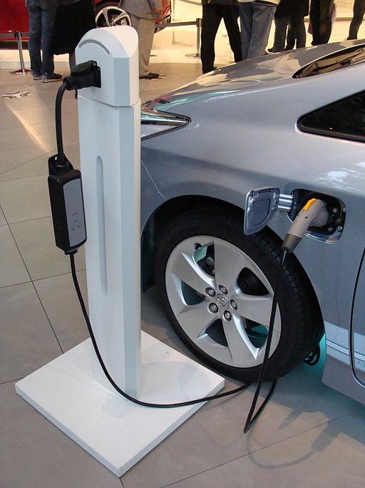 Toyota Prius Hybrid recharging unit, June 19, 2010   Image courtesy of Jebulon via Wikimedia, St. George News