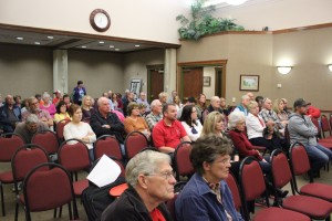 A public hearing concerning a general plan amendment potentially allowing some commercial in the Washington Field area drew a crowd at a meeting of the Washington City Council, Washington City, Utah, Feb. 10, 2016 | Photo by Mori Kessler, St. George News