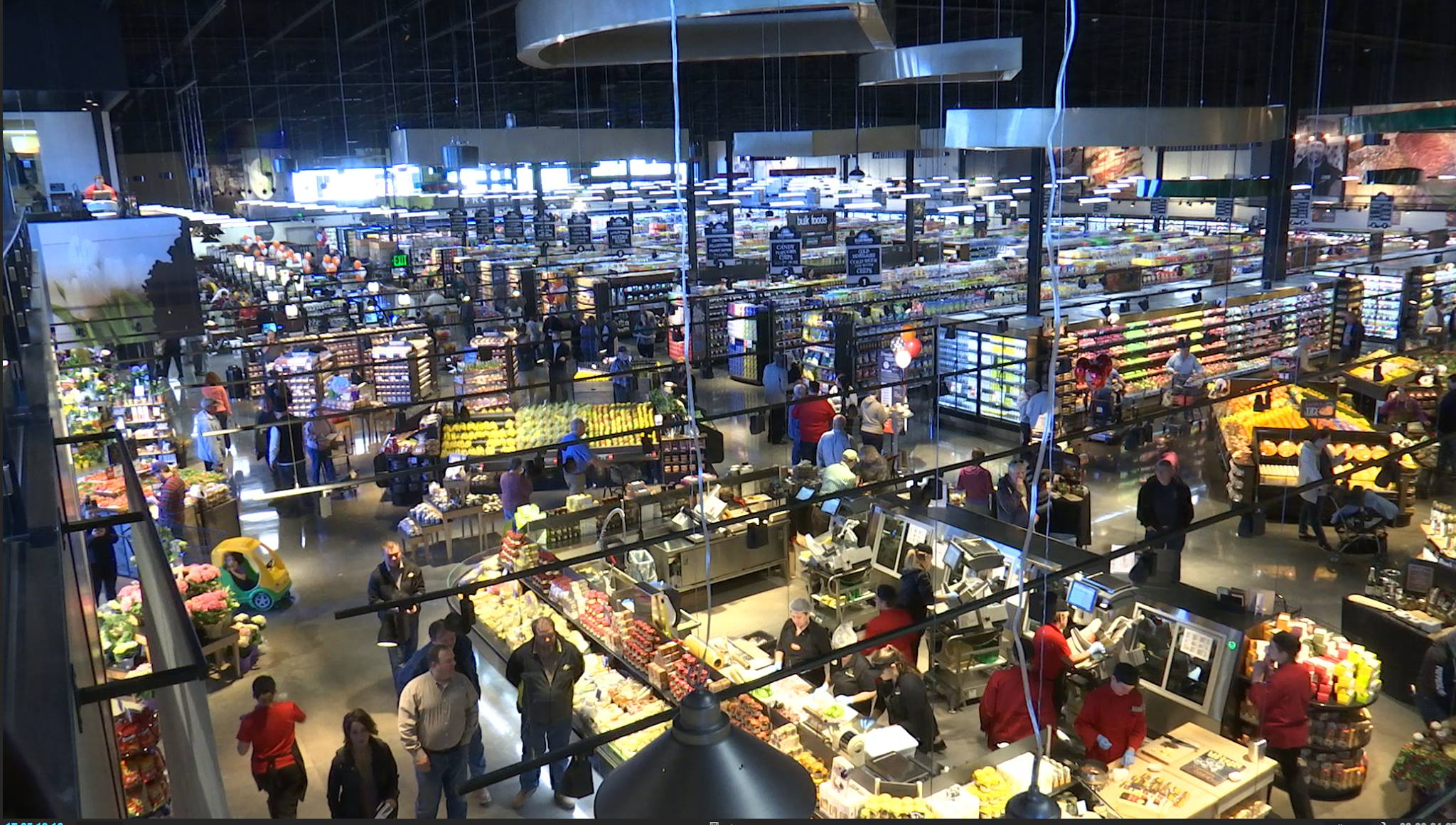 Wonderland Of Food Harmons Grocery Holds Grand Opening