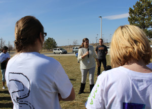 Iron County Prevention Coalition Coordinator Heidi Baxley talks to youth about the dangers of tobacco and e-cigarettes, Cedar Middle School, Cedar City, Utah, March 16, 2016 | Photo by Carin Miller, St. George News