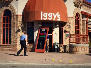 Officers responded to a burglary at Iggy's restaurant at 148 S. 1470 East St. George, Utah, March 10, 2016 | Photo by Kimberly Scott, St. George News