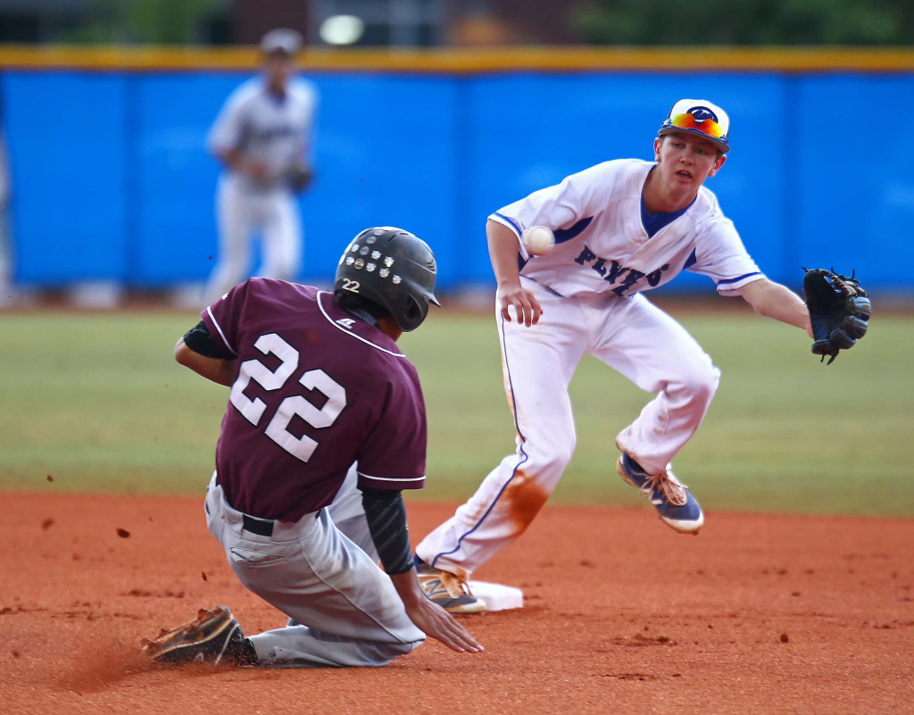 Pine View's Logan Lafamina (22) steals second base as Dixie's Taylor Yates (14) takes the throw, Dixie vs. Pine View, Baseball, St. George, Utah, Apr. 29, 2016, | Photo by Robert Hoppie, ASPpix.com, St. George News
