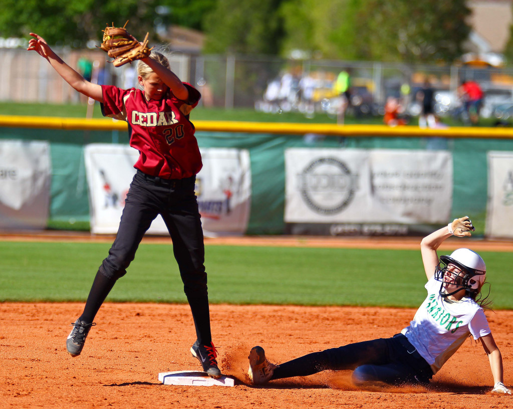 Cedar's Dream Weaver (20), Snow Canyon vs. Cedar, Softball, St. George, Utah, Apr. 12, 2016, | Photo by Robert Hoppie, ASPpix.com, St. George News