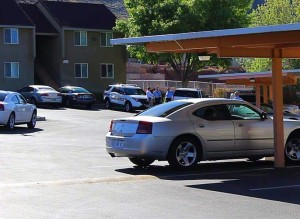 St. George Police are investigating an alleged aggravated robbery that occurred at Black Hills Apartments, 454 N. Valley View Drive, St. George, Utah, April 12, 2016 | Photo by Mike Cole, St. George News