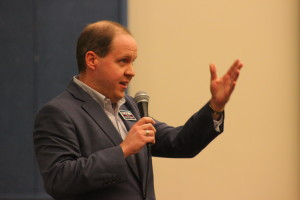 Senate Candidate Jonathan Swinton addresses the audience at the Washington County Democratic covention at Tonaquint Intermediate School in St. George, Utah, April 2, 2016 | Photo by Don Gilman, St. George News
