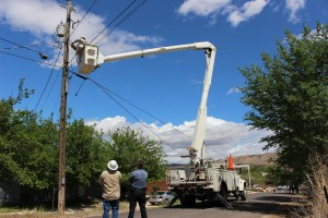 Power was out to about 24 homes in Hurricane Tuesday as a concrete mixer snagged overhead lines. Hurricane, Utah, April 26, 2016 | Photo by Ric Wayman, St. George News
