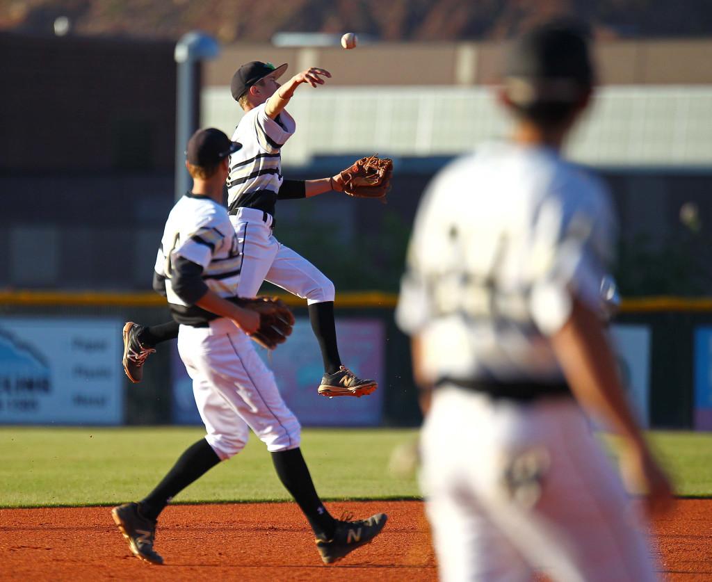 Desert Hills' Trey Allred (1), Desert Hills vs. Pine View, Baseball, May 3, 2016, | Photo by Robert Hoppie, ASPpix.com, St. George News