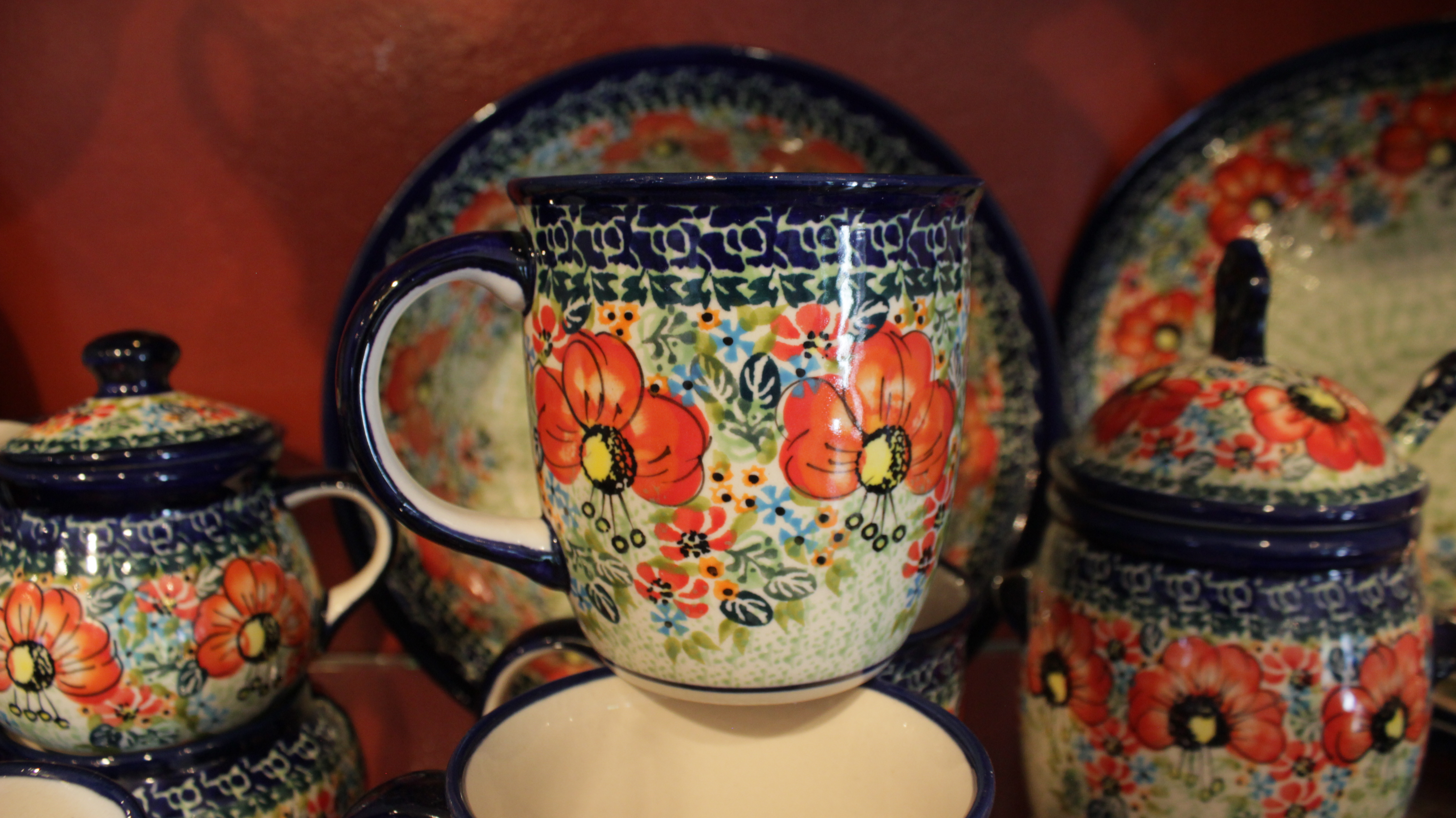 The Pottery Avenue Cottage, a boutique specializing in Polish stoneware, opened its doors for business with a ribbon-cutting ceremony, St. George, Utah, June 3, 2016 | Photo by Don Gilman, St. George News
