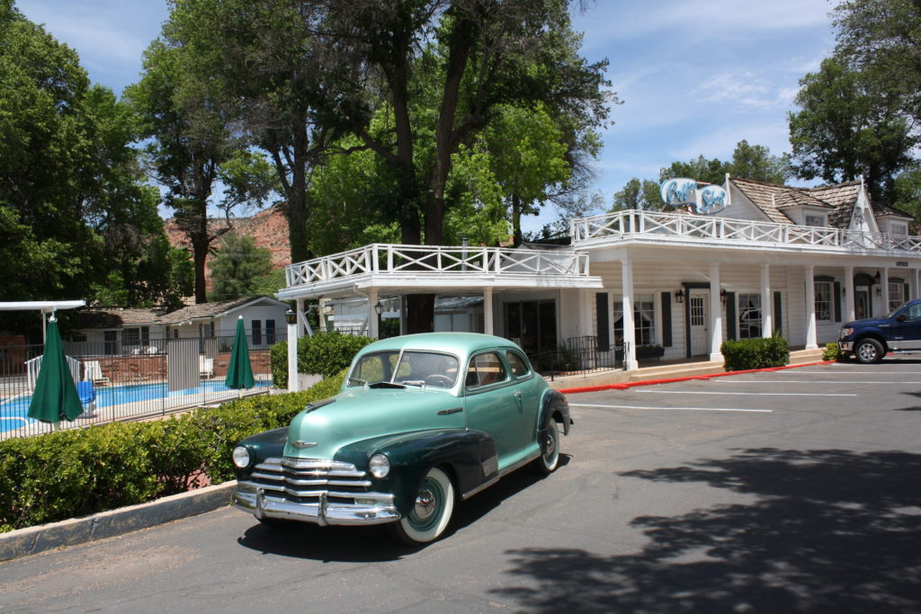 Parry Lodge and 1940s Chevrolet | Photo by Reuben Wadsworth, St. George News