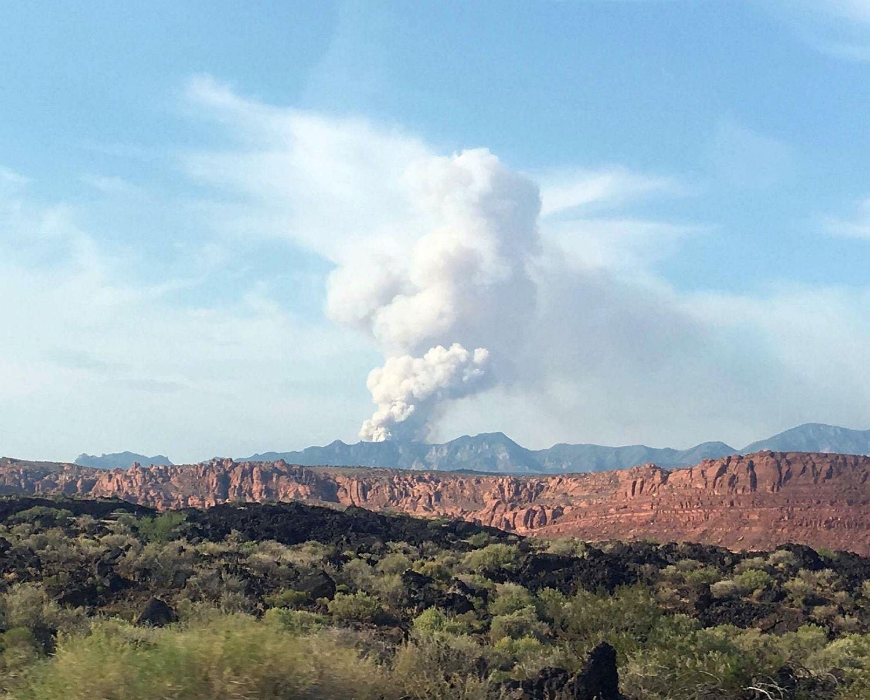 The Saddle Fire as seen from Santa Clara, Santa Clara, Utah, June 21, 2016 | Photo by Hollie Reina, St. George News