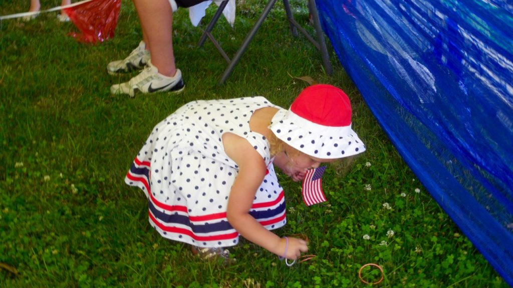 Families gather at Vernon Worthen Park Monday for Independence Day festivities, St. George, Utah, July 4, 2016 | Photo by Julie Applegate, St. George News