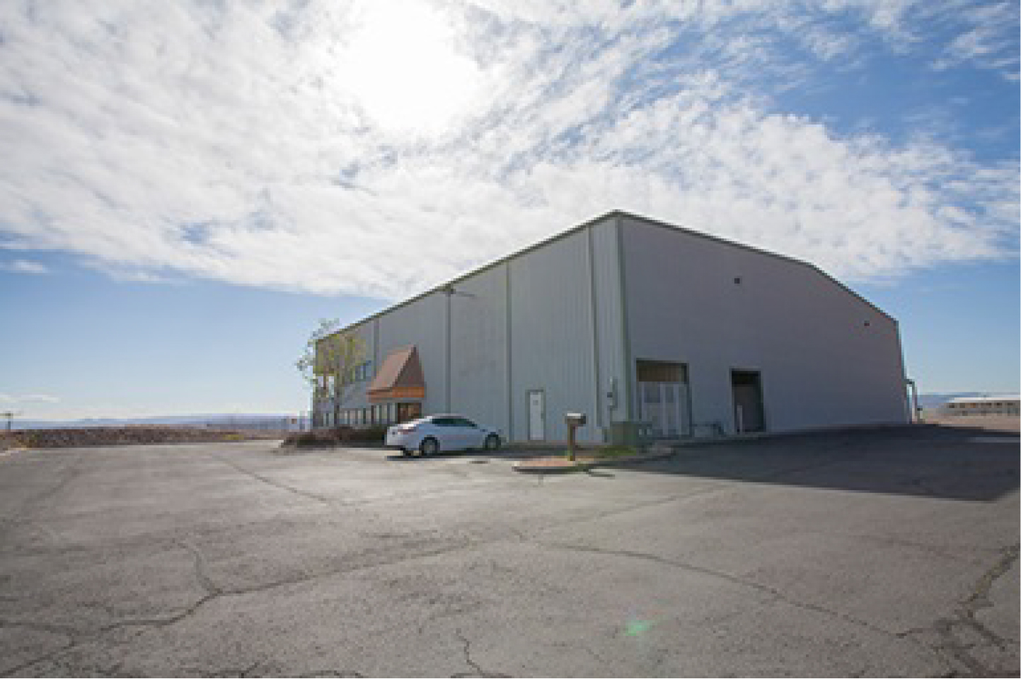 The digital motion picture film program at Dixie State recently acquired this 14,000 square-foot hangar to be utilized as a production studio | Photo courtesy Phil Tuckett, St. George News
