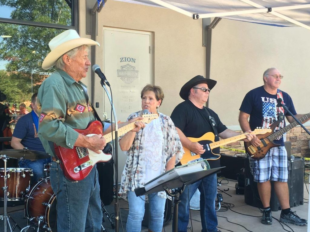 Classic Country provides musical entertainment for the Vietnam veterans monument barbecue fundraiser held at Zion Harley Davidson, Washington City, Utah, July 23, 2016 | Photo by Hollie Reina, St. George News