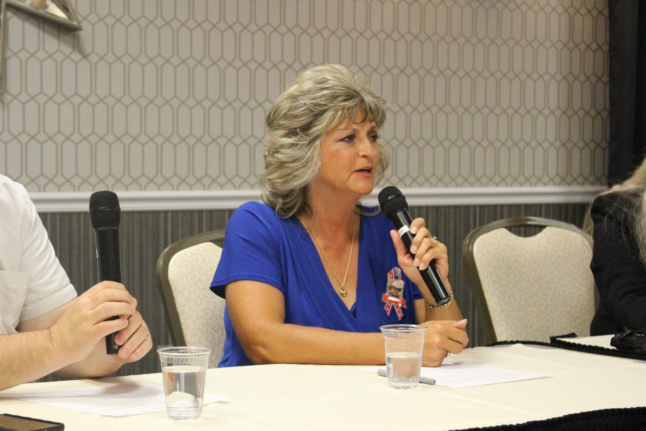 Jeanette Finicum, widow of LaVoy Fincum, shares their experience related to the aftermath of the Malheur Wildlife Refuge occupation and death of LaVoy Finicum at a forum hosted by the Dixie Republican Forum, St. George, Utah, July 29, 2016 | Photo by Mori Kessler, St. George News