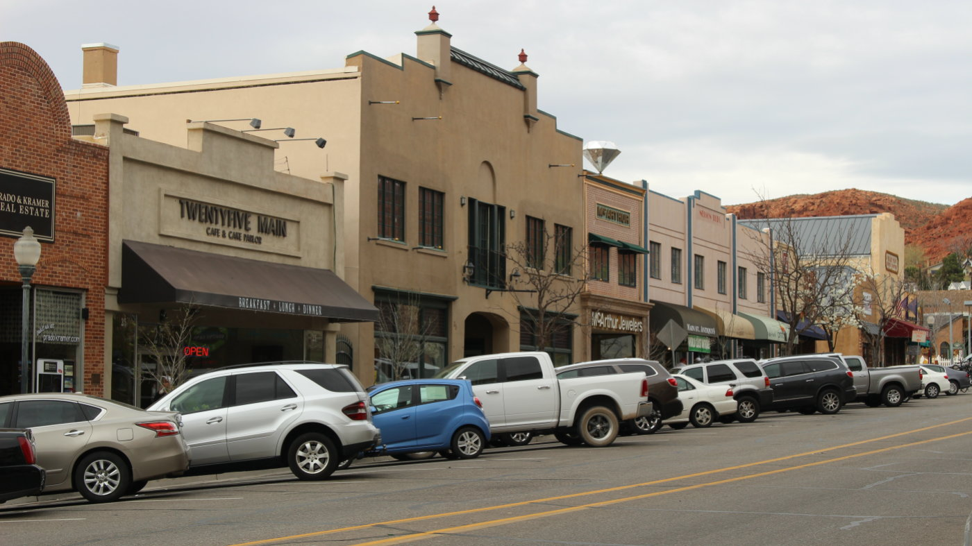 Downtown St. George on Main Street between Taberncale Street and St. George Boulevard, St. George, Utah, March 5, 2016 | Photo by Mori Kessler, St. George News