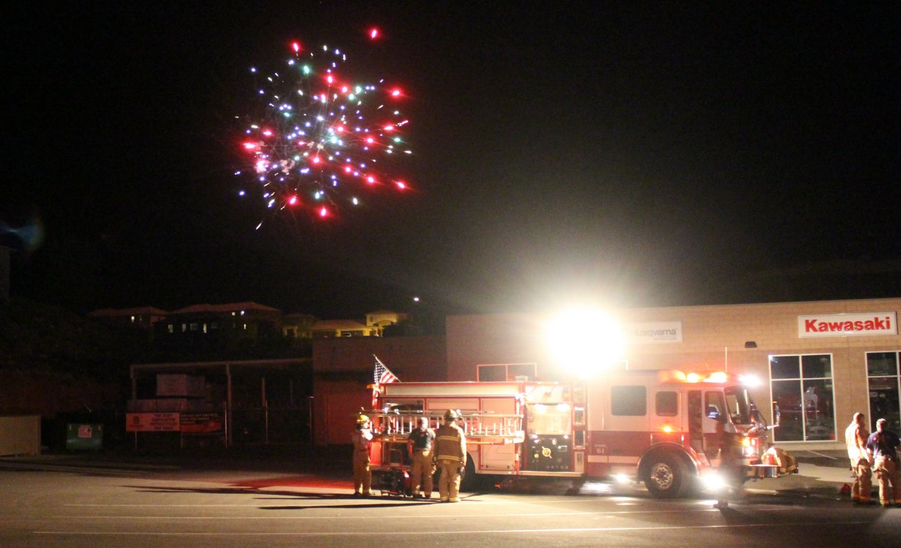 Firefighters with the Washington City and St. George fire departments responded to a fireworks-caused fire on a business rooftop on Buena Vista Boulevard, Washington City, Utah, 4 July, 2016 | Photo by Mori Kessler, St. George News