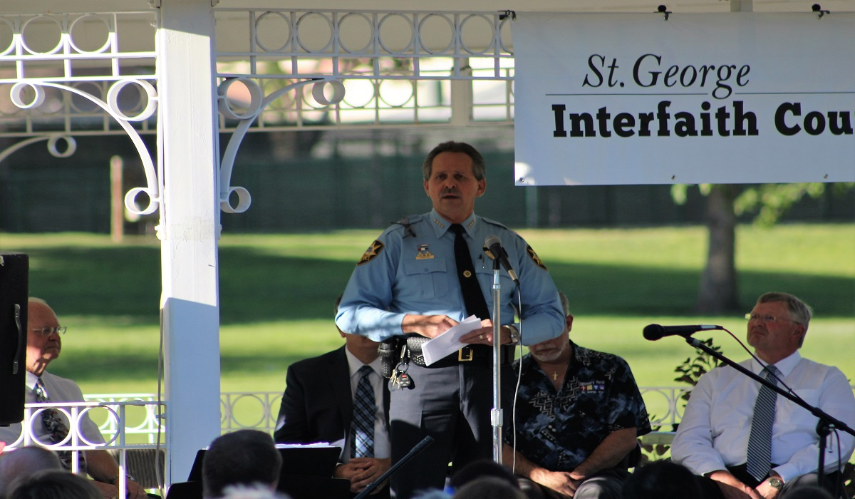 "St. George Police Chief Marlon Stratton addressing crowd at ""Honor and Thank Law Enforcement"" gathering at Vernon Worthen Park in St. George, Utah, July 10, 2016 