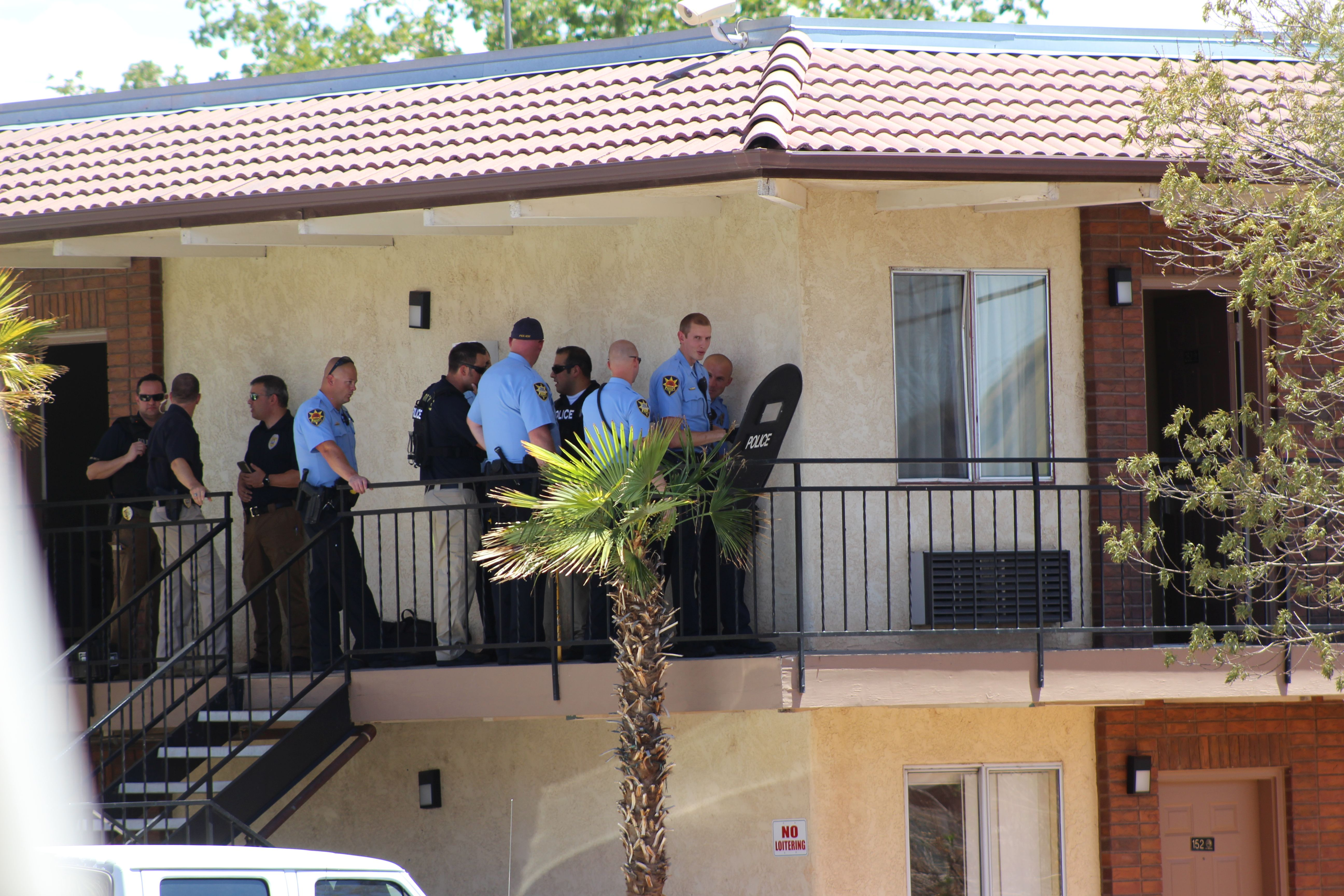 Officers responded to the Sun Time Inn on St. George Boulevard Sunday on a report of a woman who was destroying her room. She was ultimately arrested. St. George, Utah, July 17, 2016 | Photo by Ric Wayman, St. George News