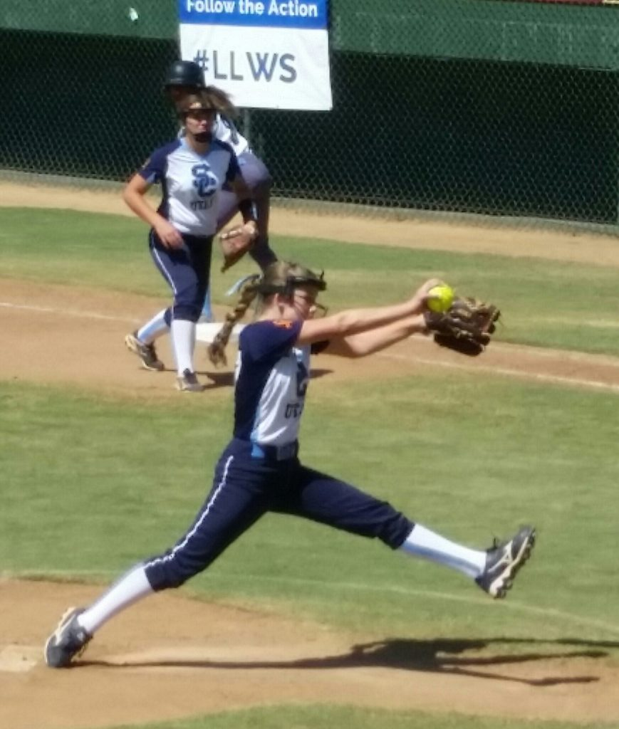 Jenna Thorkelson delivers a pitch Thursday at the Little League softball Western Regional semifinals Jul. 28, 2016, in San Bernardino, Calif. | Photo by Dennis Pope, special to St. George News