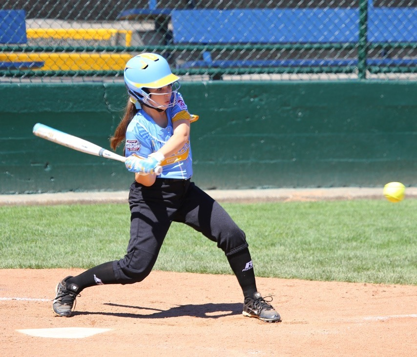 Emma Miller at the plate, Snow Canyon vs. Canada, Little League Softball World Series, Portland, Ore., Aug. 11, 2016 | Photo by Scott Miller, for St. George News